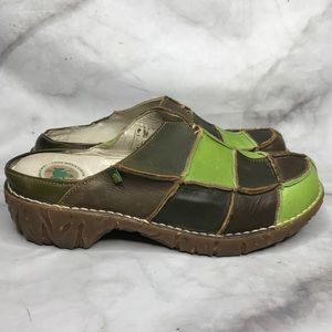 💥 El Naturalista patchwork leather clogs green 39
